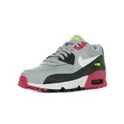 Des De Guide Chaussures Tailles Nike D9IYWbHe2E