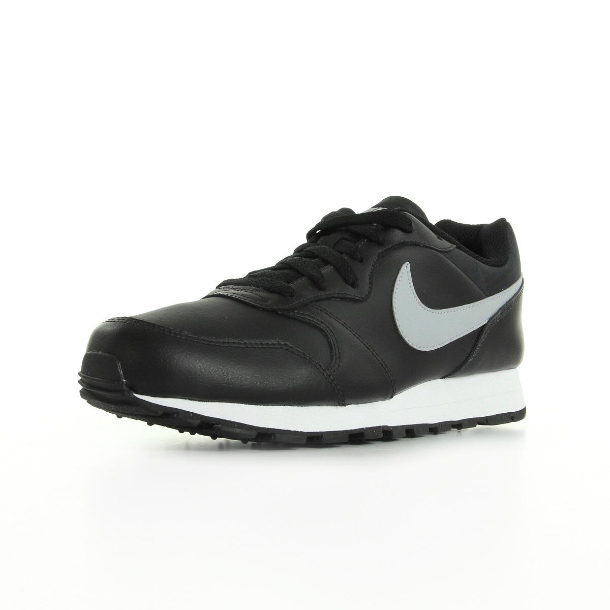 chaussure nike md runner 2
