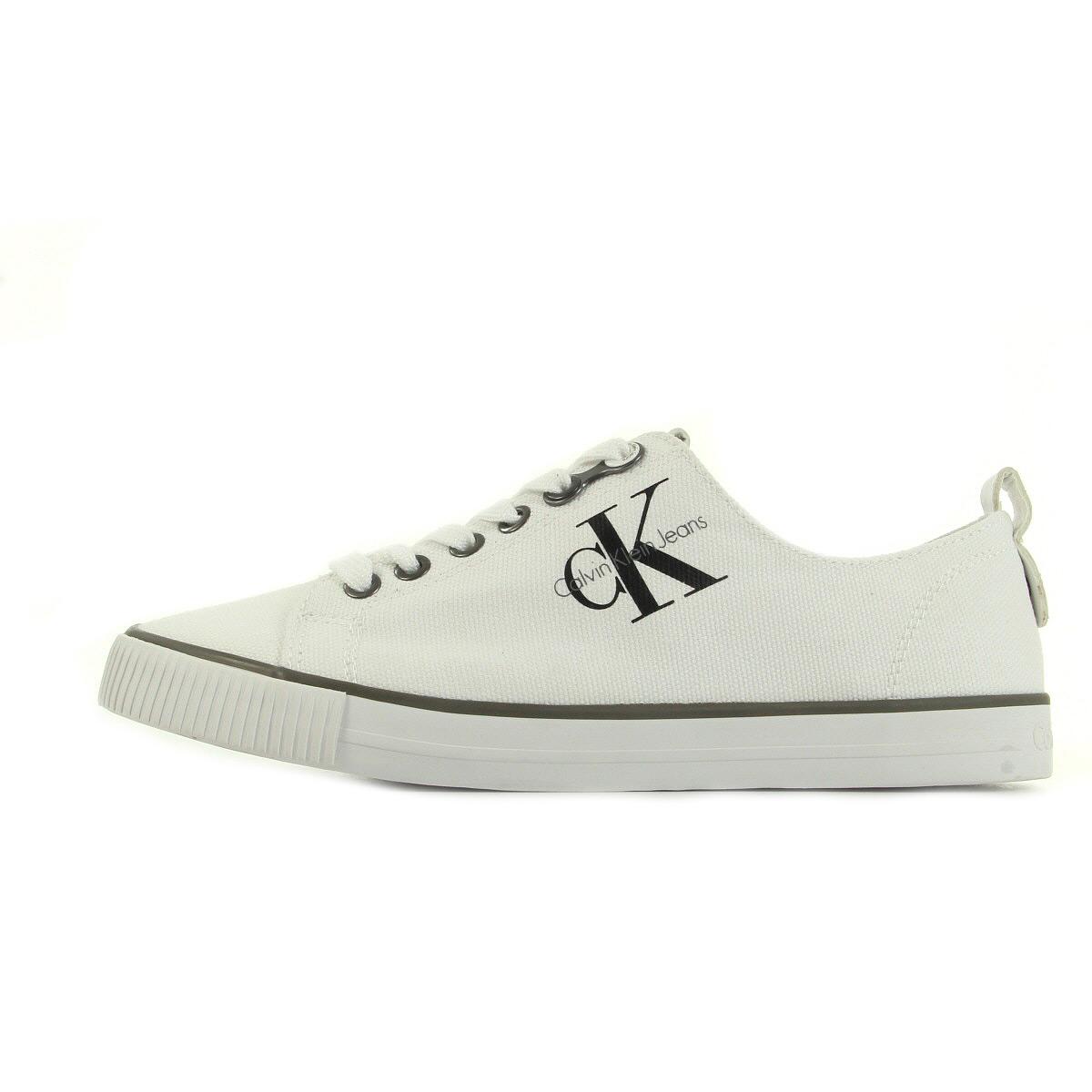 Chaussures Baskets Calvin Klein femme Dora Canvas taille Blanc Blanche