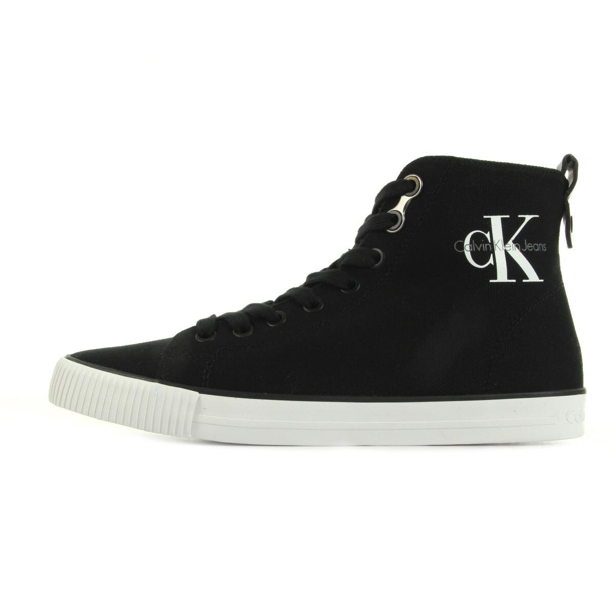 Chaussures Baskets Calvin Klein femme Dolores Canvas taille Noir Noire