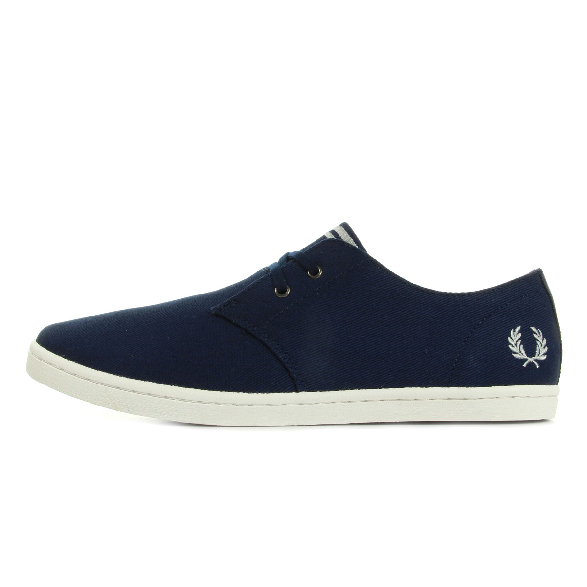 fred perry byron low twill french navy silver b8233143 chaussures homme homme. Black Bedroom Furniture Sets. Home Design Ideas