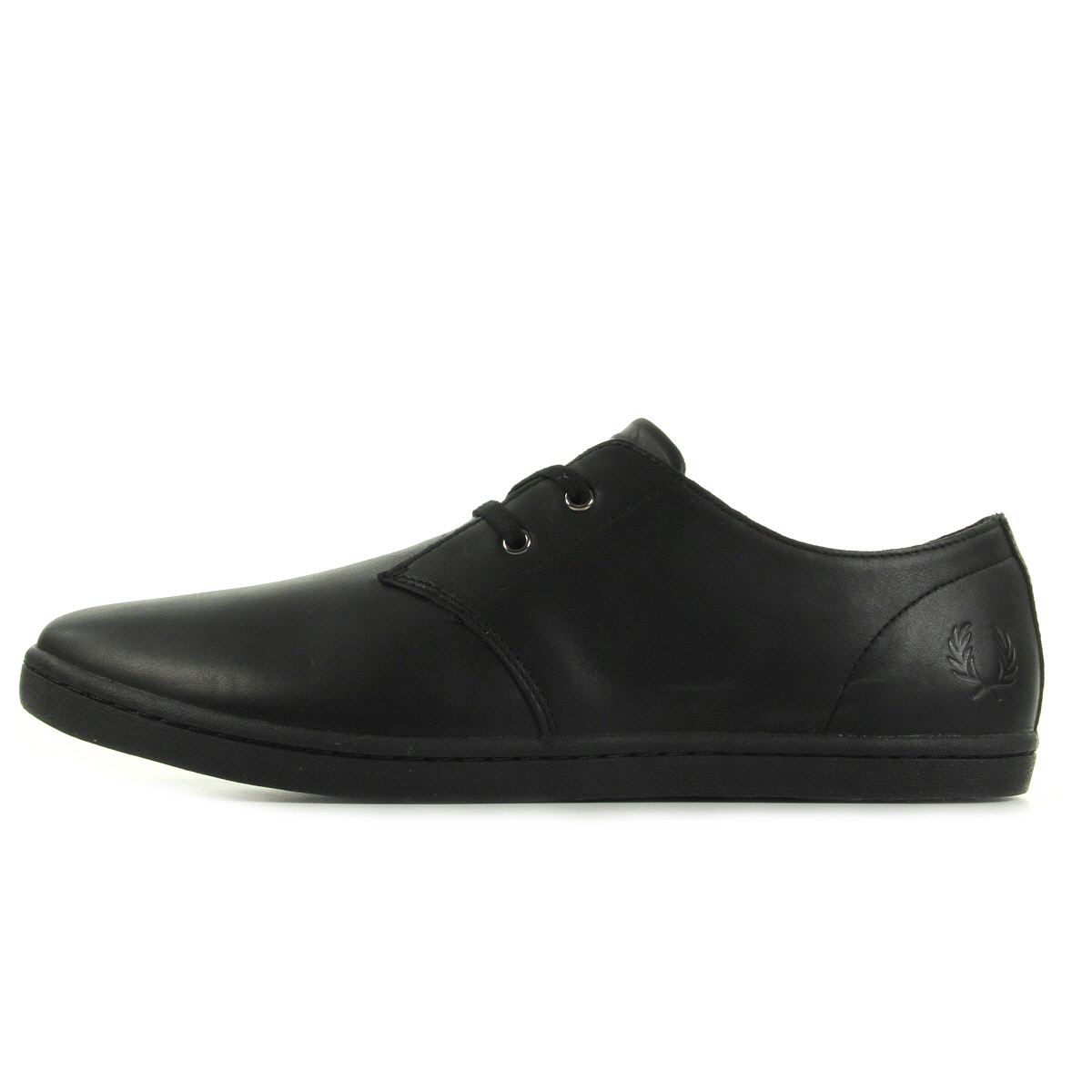 fred perry byron low leather b9076102 chaussures homme homme. Black Bedroom Furniture Sets. Home Design Ideas