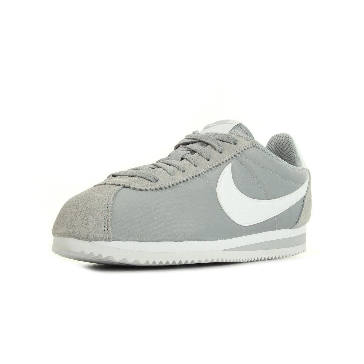 Chaussures Baskets Nike unisexe Classic Gris Cortez Nylon taille Gris Classic 41c4ba
