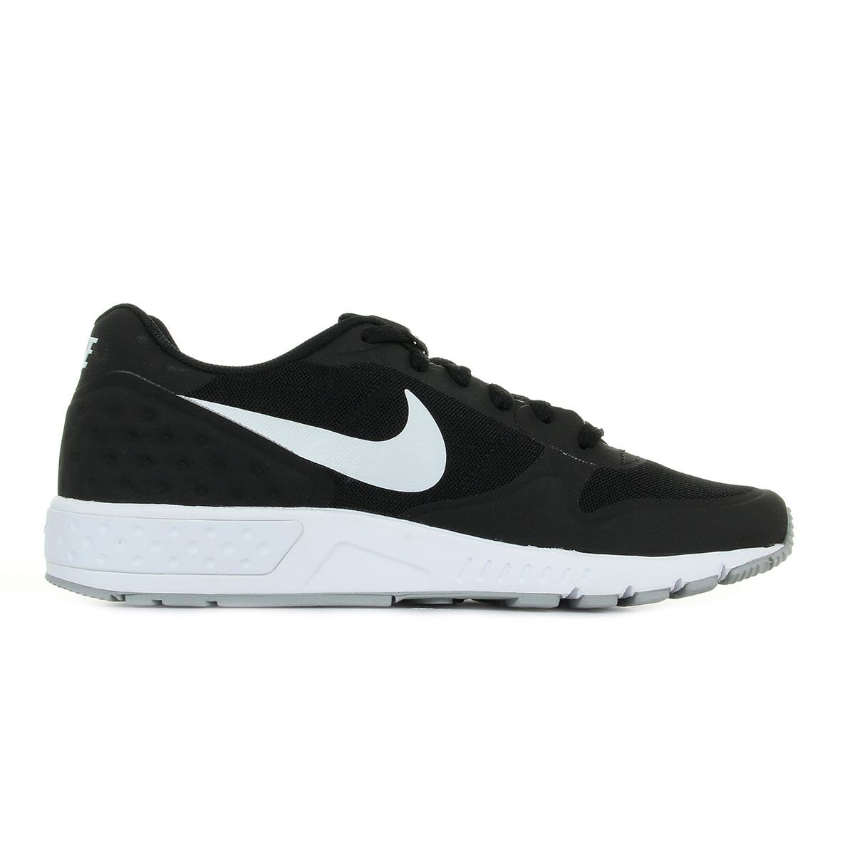 ... Nike Nightgazer Lw Se ...