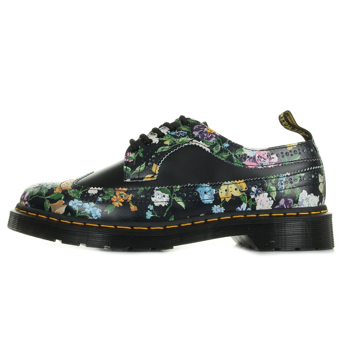 Dr. Martens Wingtip Shoe Black Darcy Floral 22729001, Ville femme