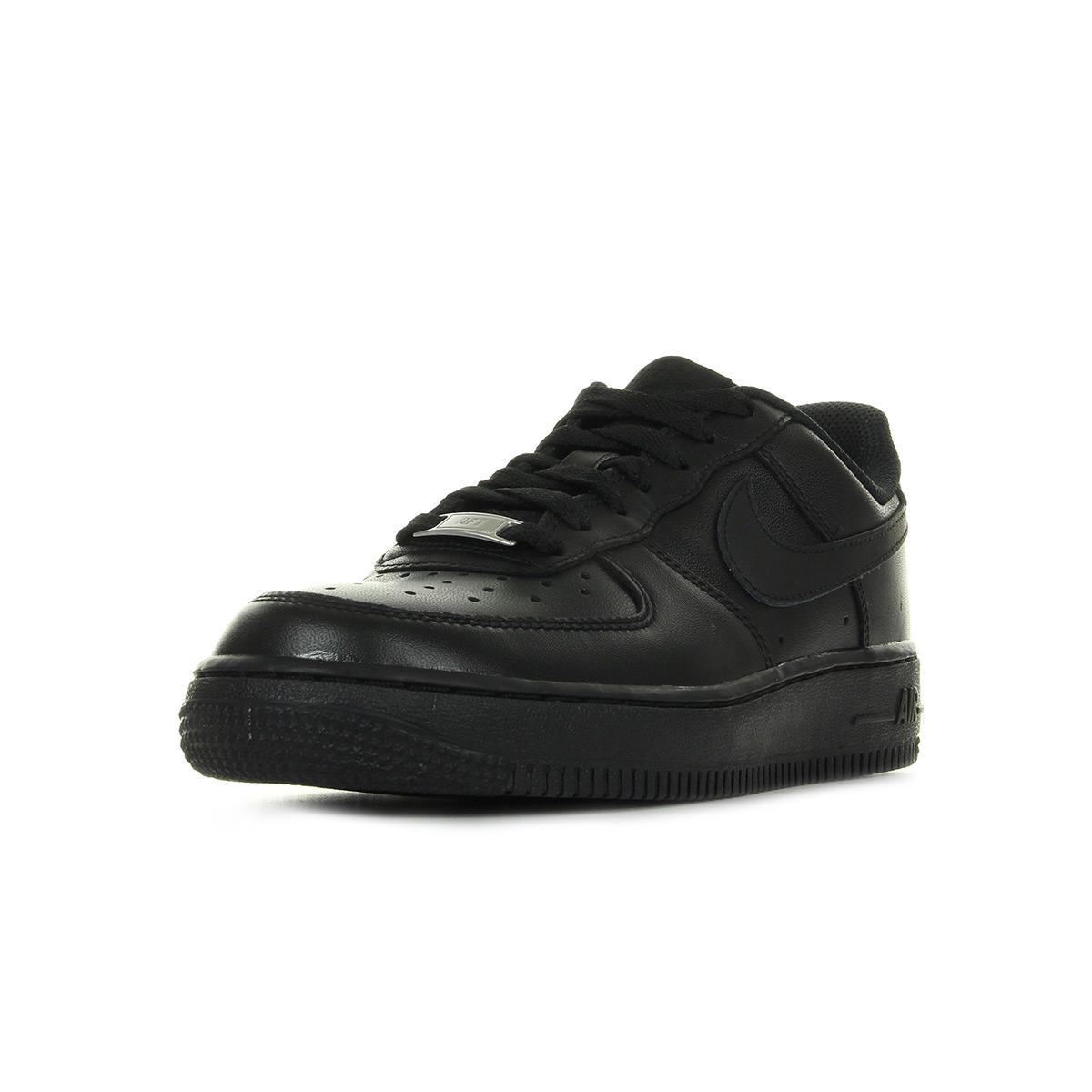 Chaussures Baskets Nike femme Air Force 1 07 taille Noir Noire Cuir Lacets