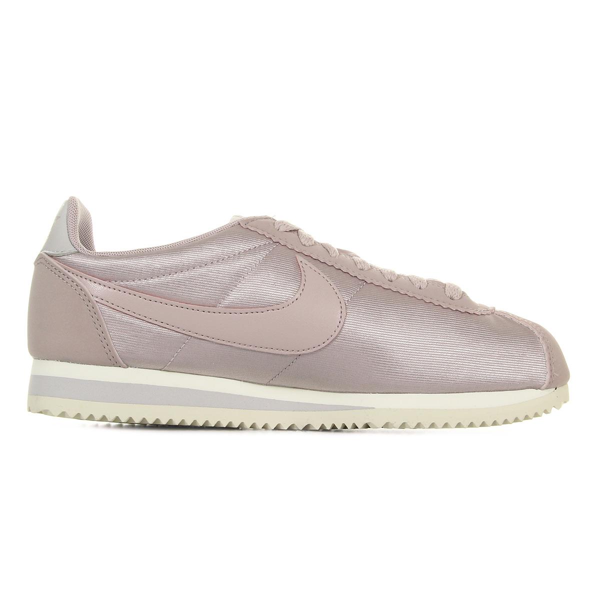 Wmns Nylon Classique Cortez - Chaussures De Sport Pour Femmes / Noir Nike eXMA5BNOZ8