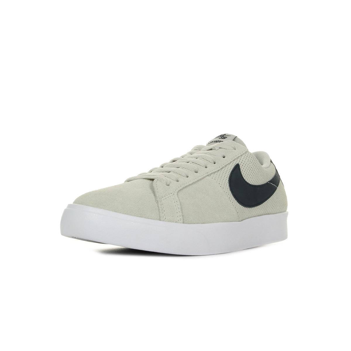 Los últimos zapatos de descuento para hombres y mujeres Chaussures Baskets Nike homme SB Blazer Vapor taille Beige Cuir Lacets
