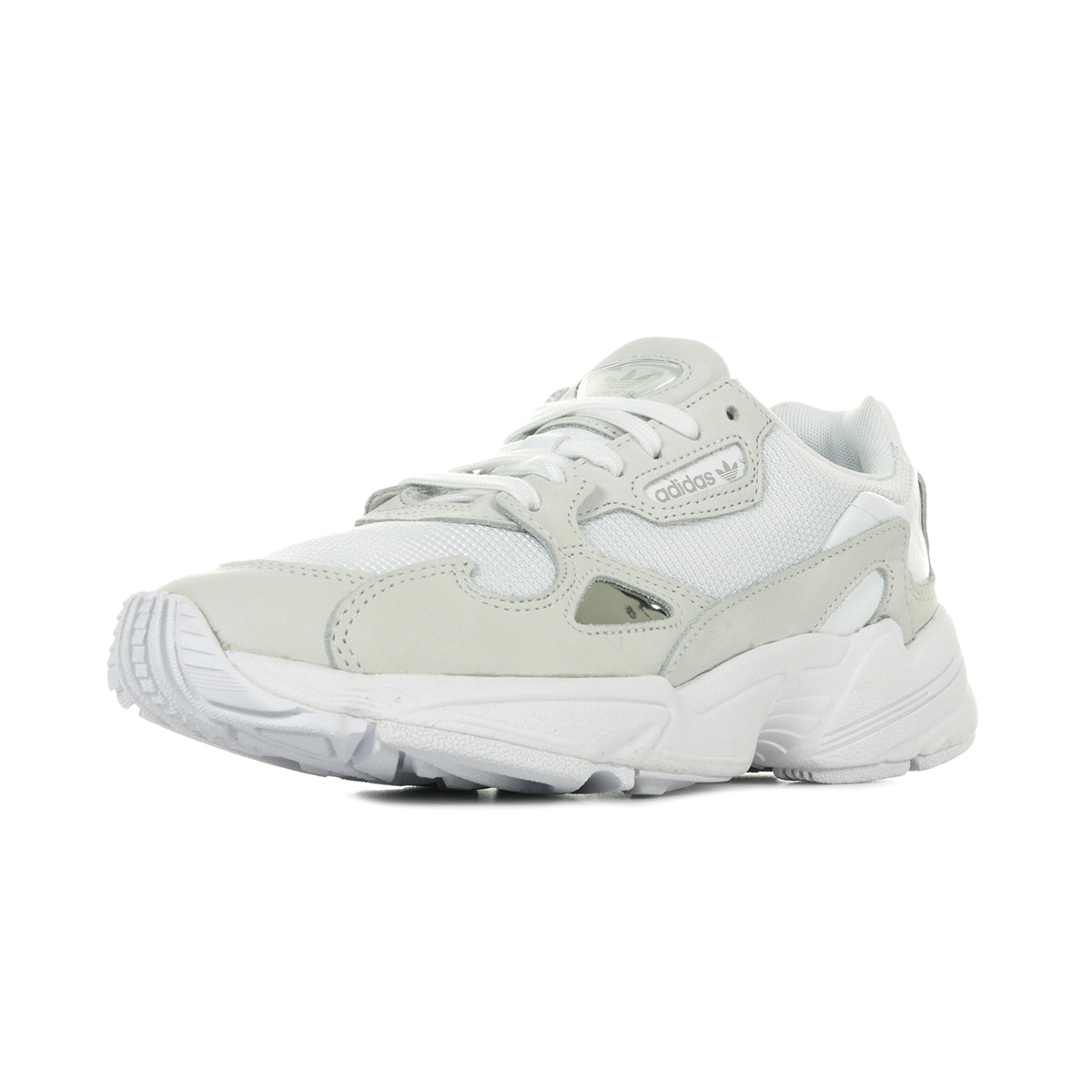 chaussures femme adidas falcon